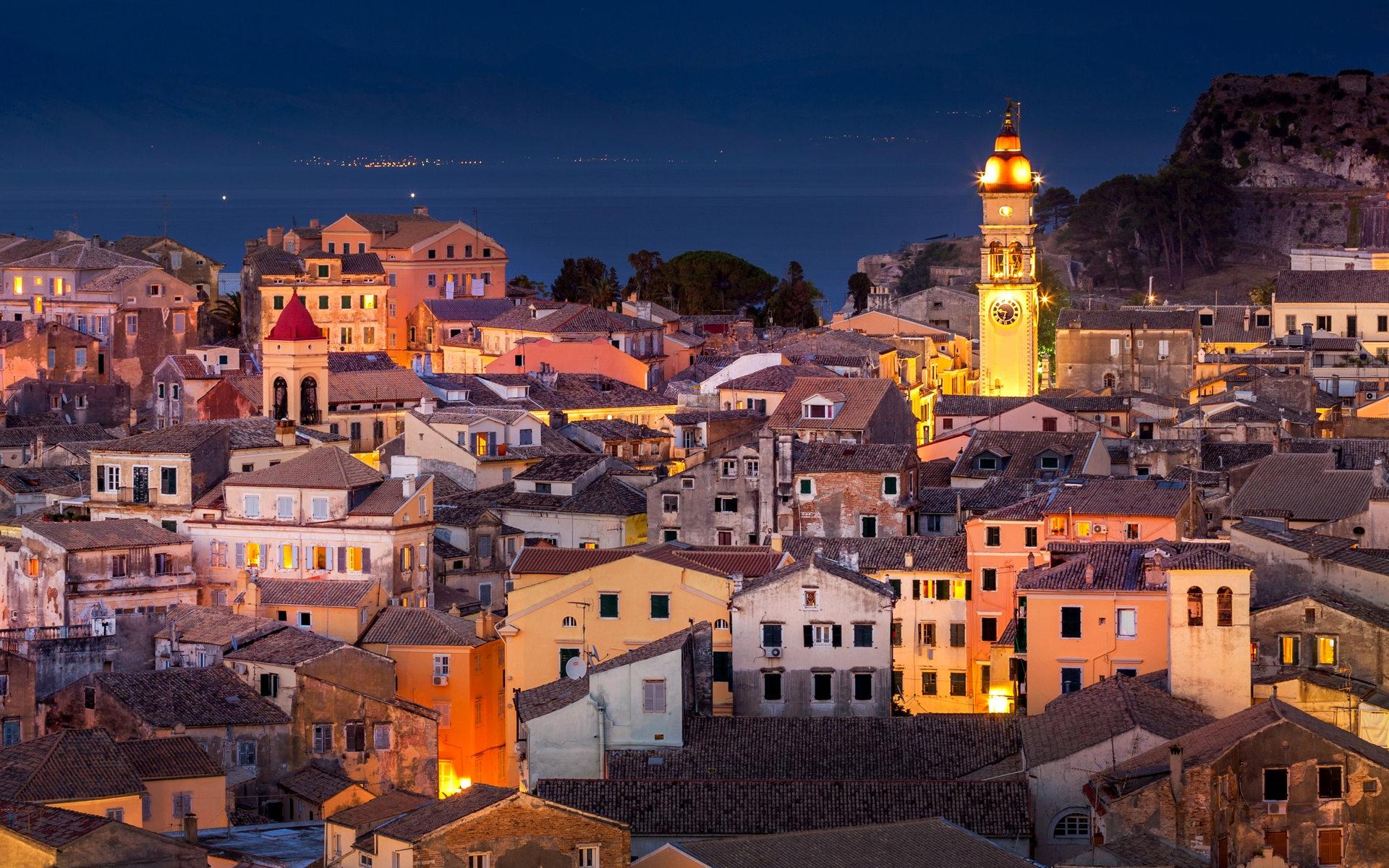 citylights-of-Corfu-Town